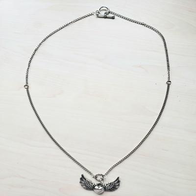 Collar cadena eslabón 65 cm pequeño corazón alas